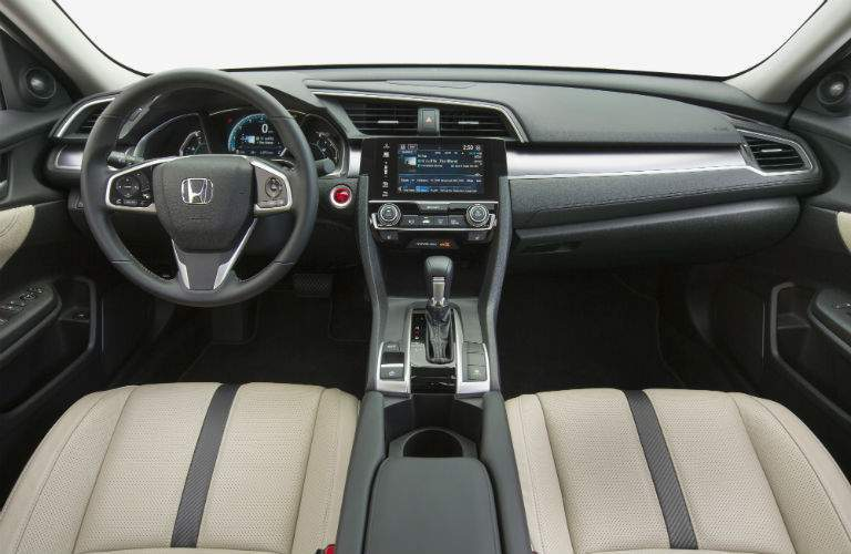 2018 Honda Civic Sedan's driver's cockpit