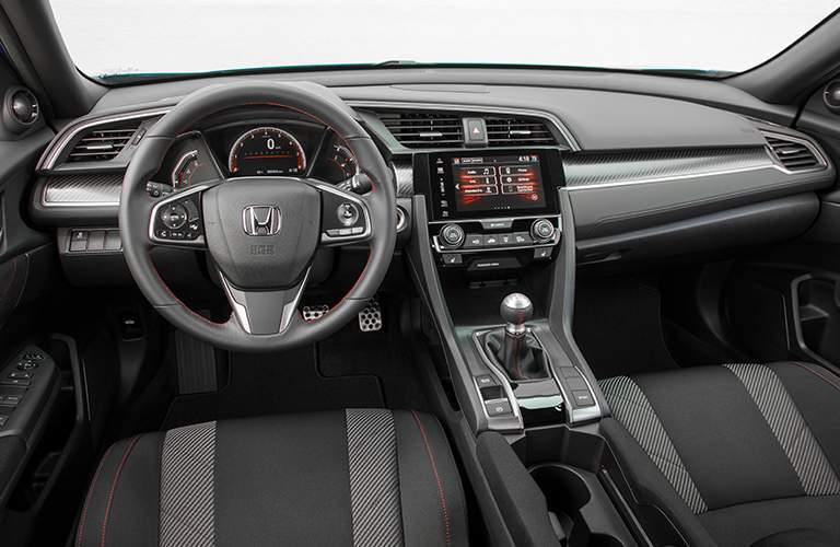2018 Honda Civic Si interior steering wheel and dash