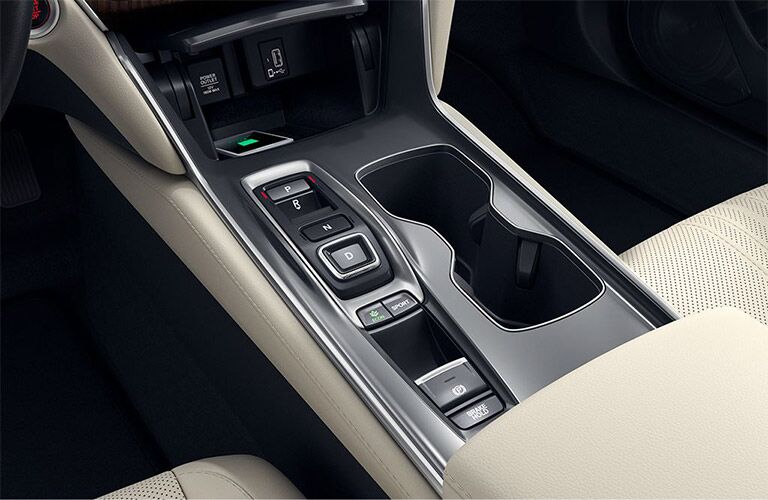 Electronic gear switches and center console cup holders of the 2019 Honda Accord