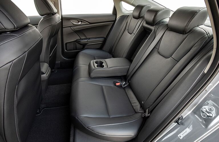 Side view of the rear seats in the 2019 Honda Insight