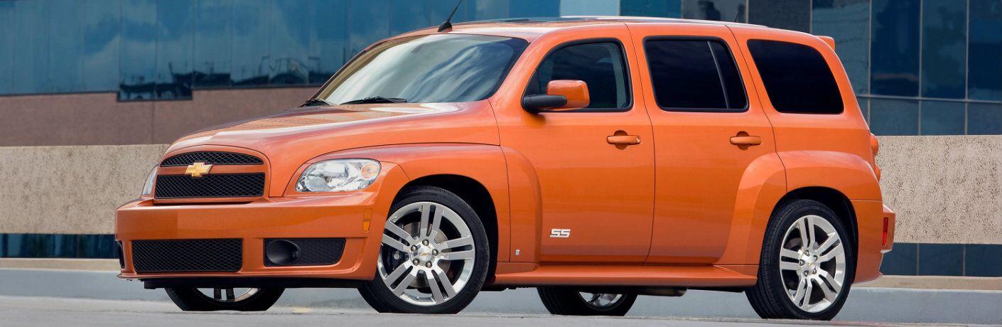 2009 Chevrolet HHR orange color exterior shot on city street