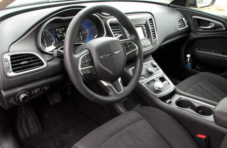 steering wheel and dashboard design of used Chrysler 200