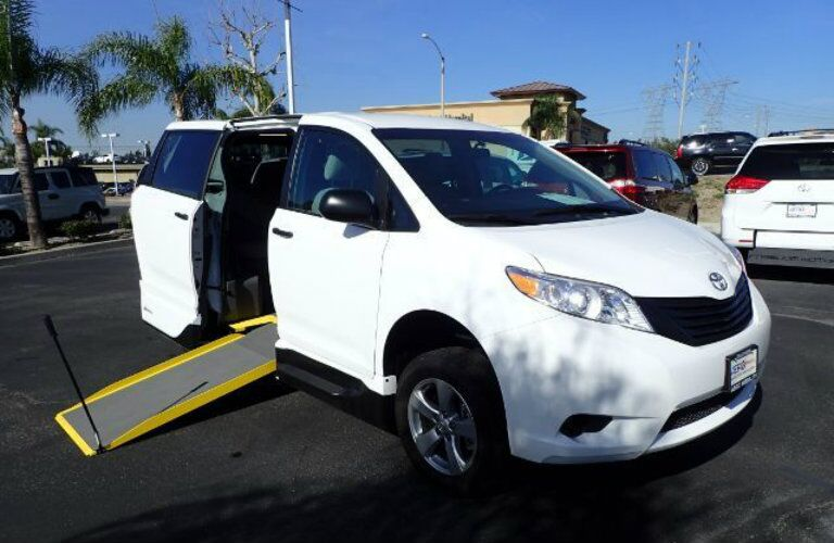 Wheelchair Accessible Toyota Sienna Anaheim CA
