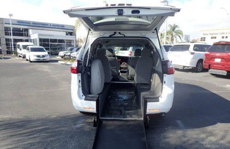 Rear Entry Accessibility minivans Anaheim CA