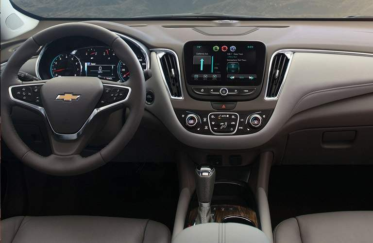 Steering wheel and dashboard of the 2016 Chevrolet Malibu