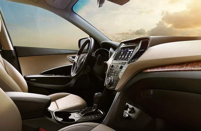 interior front seats of the 2017 Hyundai Santa Fe
