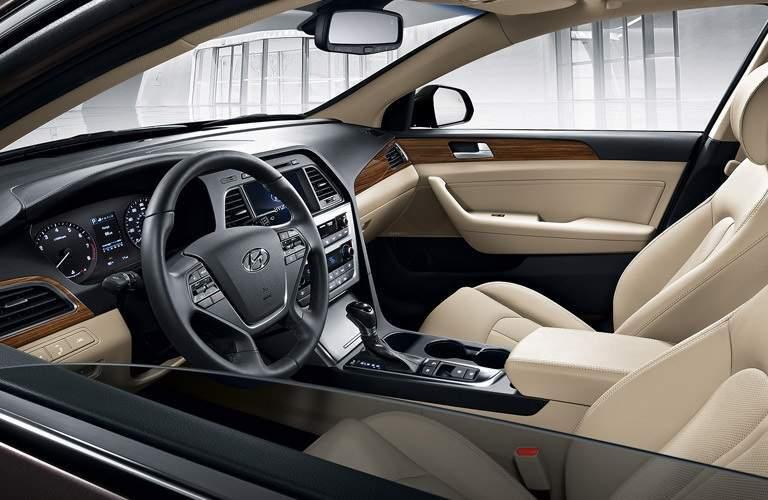 interior of the 2016 Hyundai Sonata