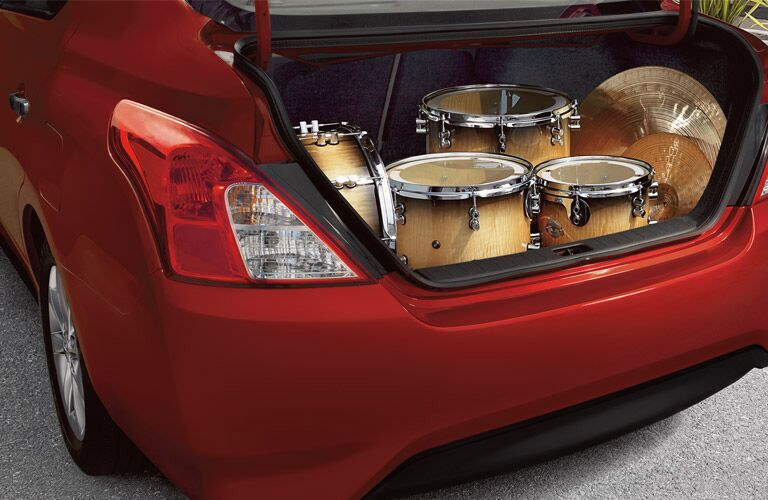trunk storage space of nissan versa
