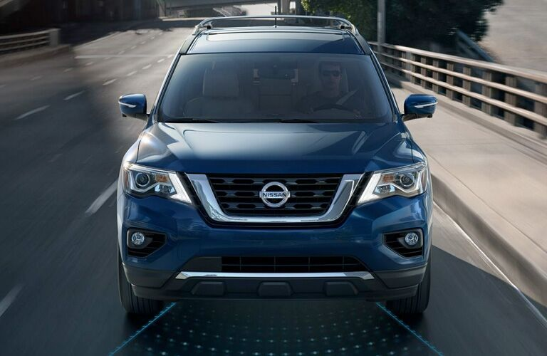 front view of blue 2019 nissan pathfinder