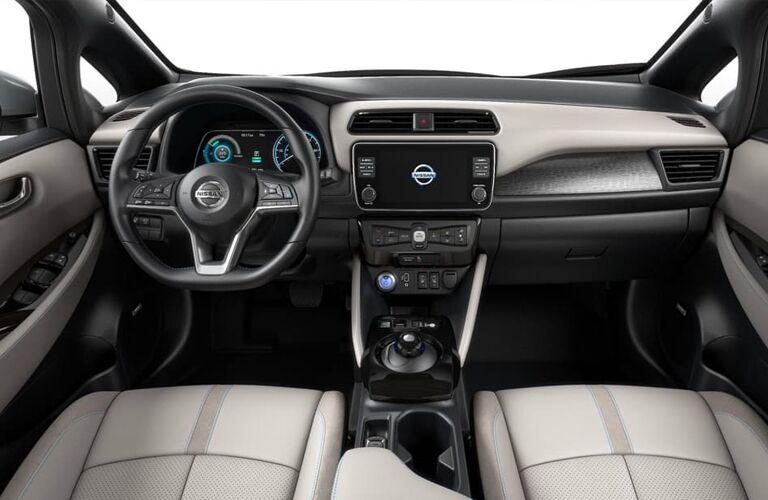 2020 Nissan LEAF Dashboard