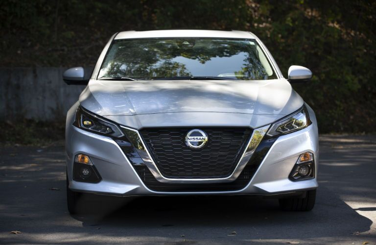 A head-on photo of the 2020 Nissan Altima.