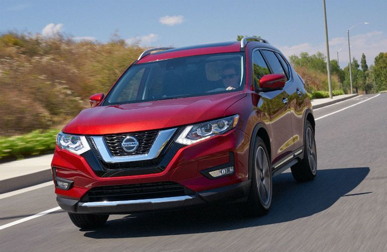 A head-on photo of the 2020 Nissan Rogue on the road.
