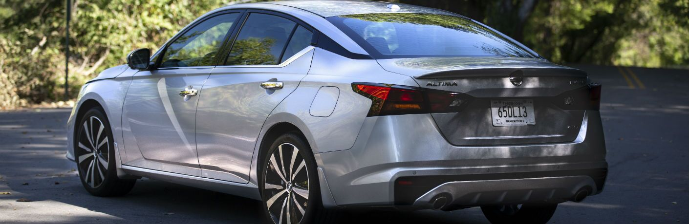 A rear left quarter photo of the 2020 Nissan Altima.