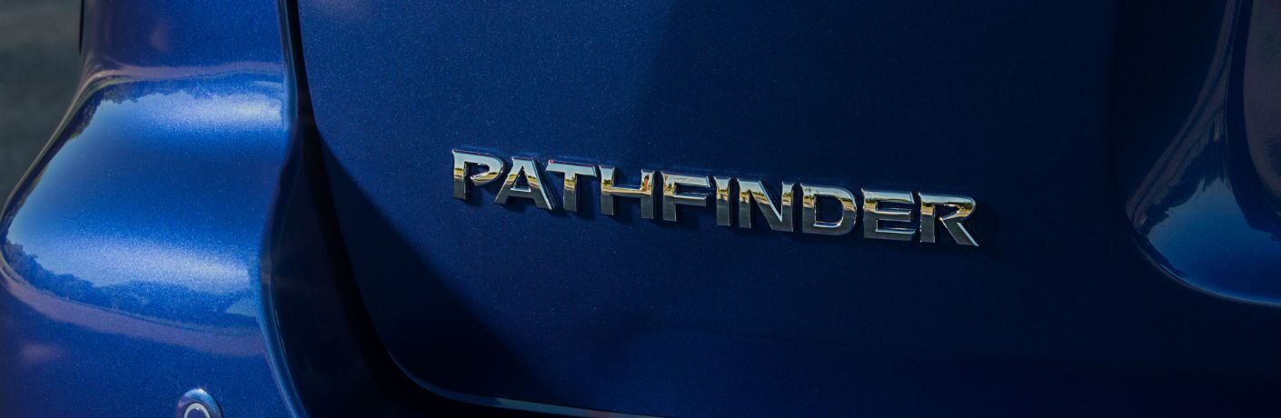 A photo of the Pathfinder badge used on the 2020 Nissan Pathfinder.