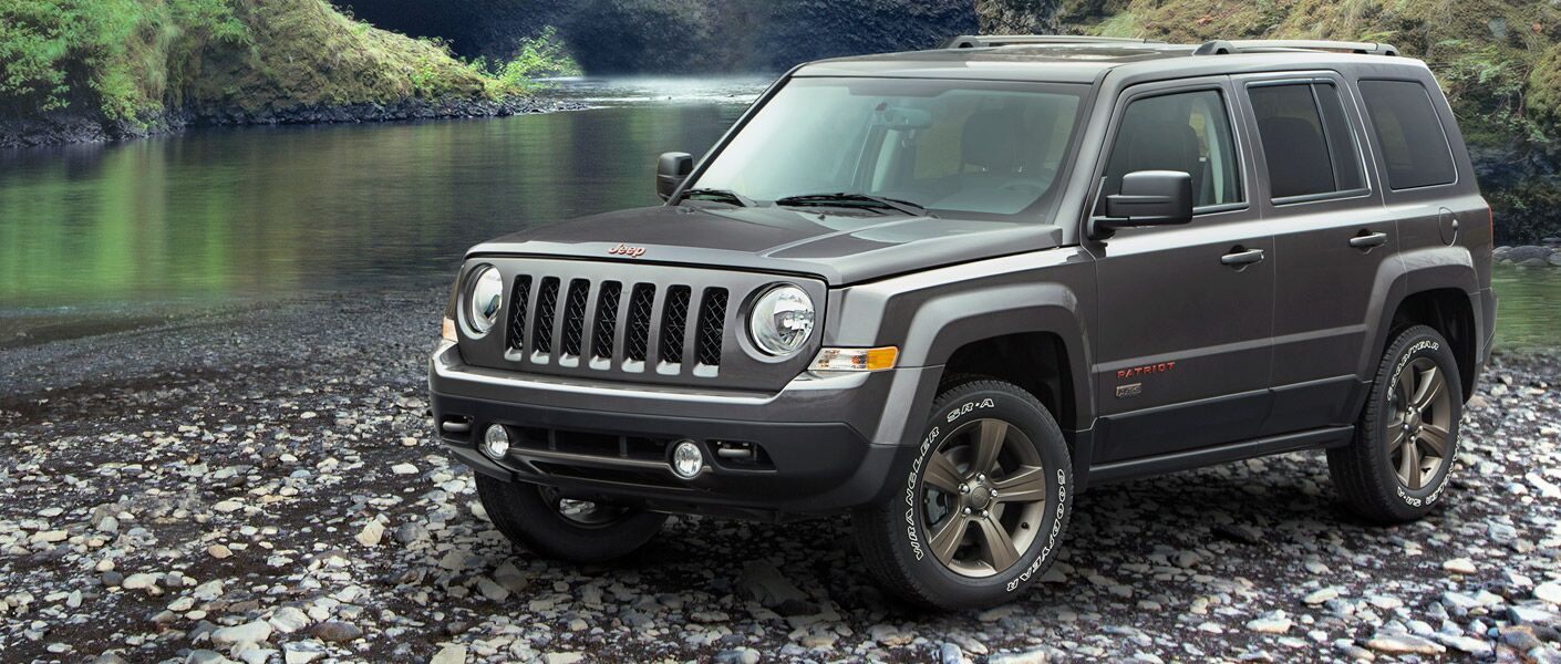 2017 Jeep Patriot in gray