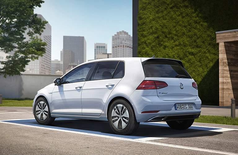 2017 Volkswagen e-Golf Bumper View