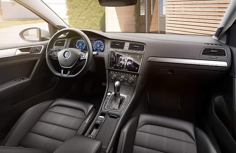 2017 Volkswagen e-Golf Dashboard