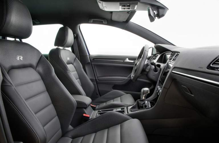 2018 Volkswagen Golf R leatherette seating