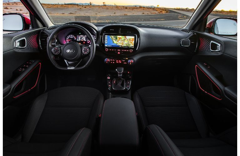 2021 Kia Soul interior view of front cabin from above