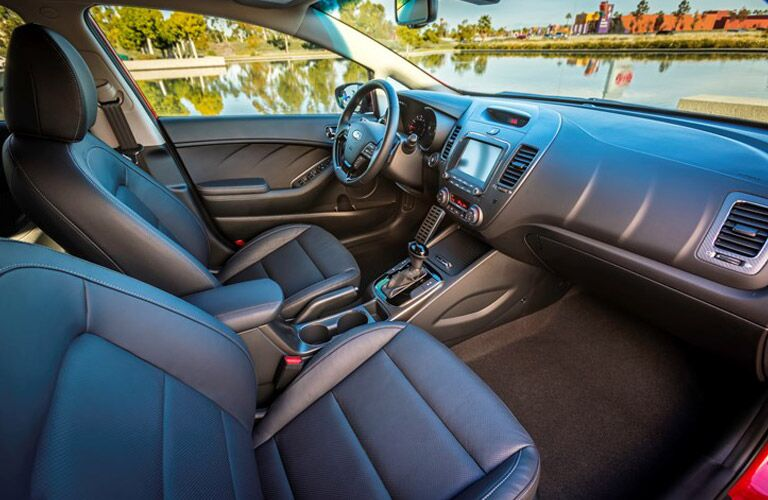 Front seats and dash of 2017 Kia Forte