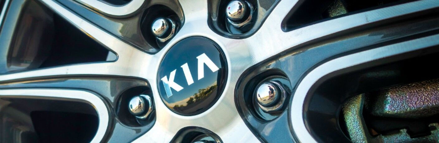 Close-up shot of a wheel on a Kia vehicle