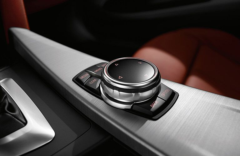 2017 BMW 4 Series rotary gear shift