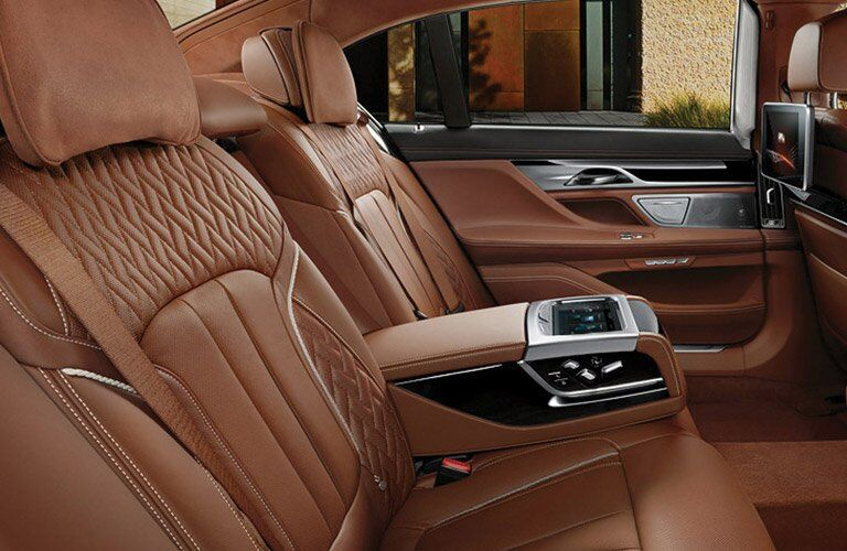2017 BMW 7-series interior back cabin side view of seats
