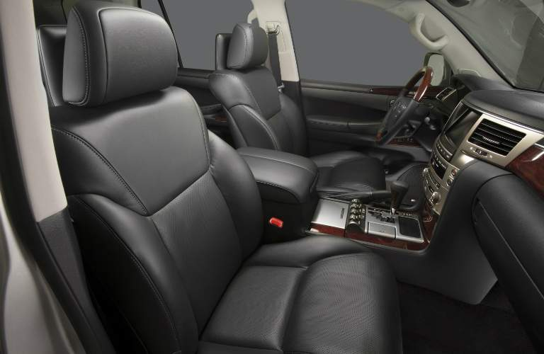 Lexus LX 570 front seats side view