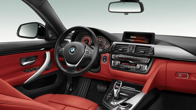 2015 BMW 4 Series interior front cabin steering wheel and dashboard