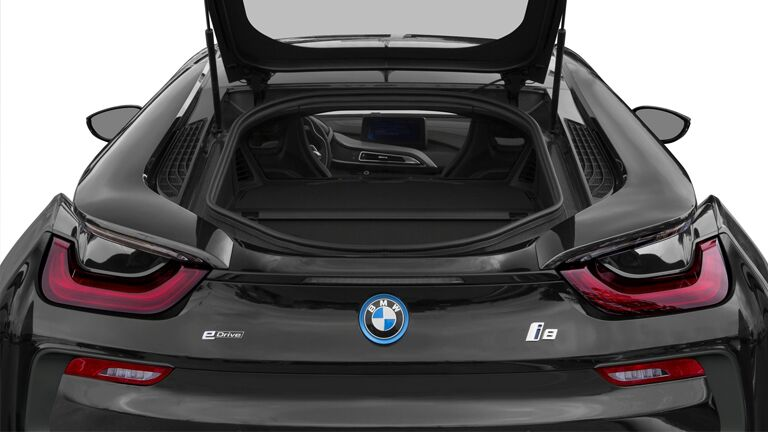 2015 BMW i8 exterior back fascia with trunk open