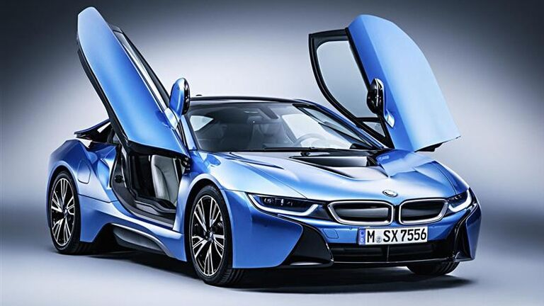 2015 BMW i8 exterior front fascia and passenger side with doors up