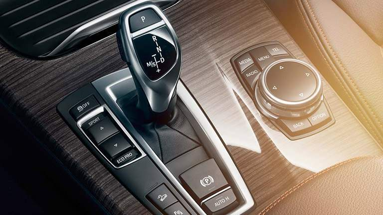 2016 BMW X3 Gear Shifter and Rotary Dial with Wood Trim