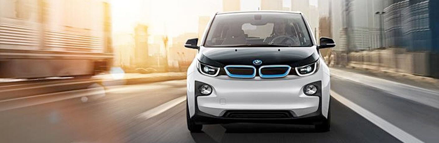2016 BMW i3 exterior front fascia going fast on city road