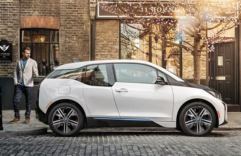2016 BMW i3 exterior passenger side profile