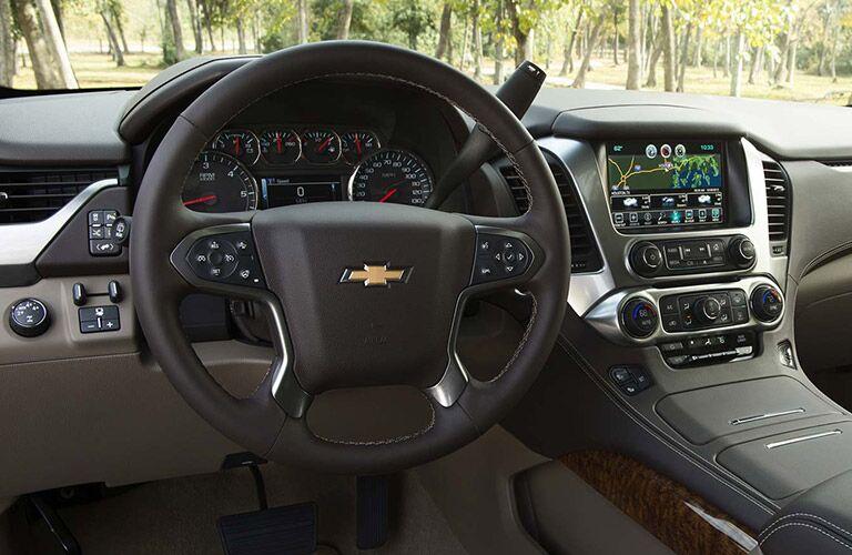 steering wheel of chevy suburban