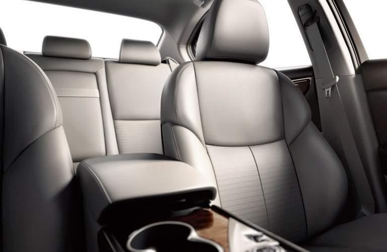 2016 Infiniti Q50 seating