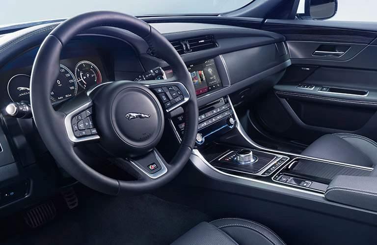 Jaguar XF dashboard side view