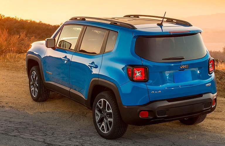 blue 2016 Jeep Renegade back side view