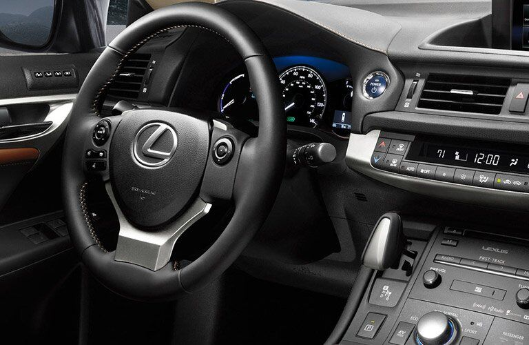 2016 Lexus Ct 200h interior steering wheel and partial dashboard