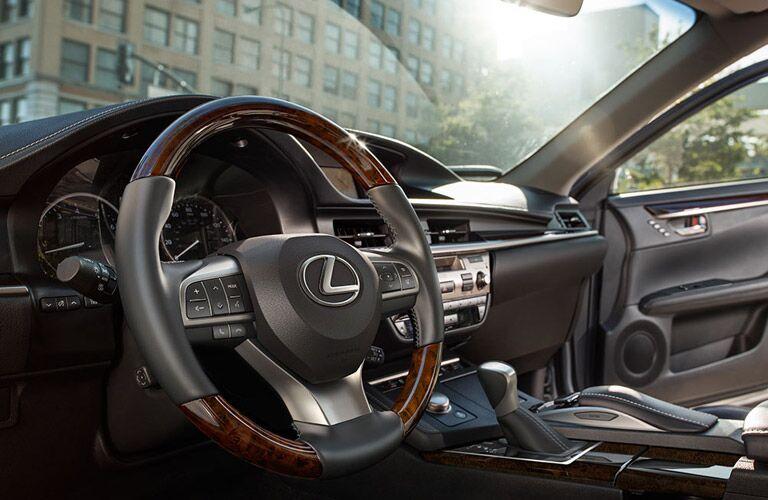 2016 Lexus ES interior front cabin steering wheel and open door