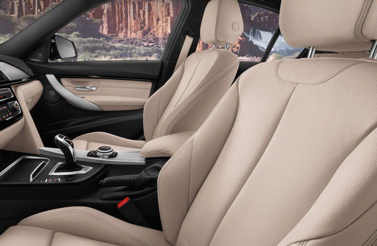 luxurious front seats of the 2017 BMW 3 Series