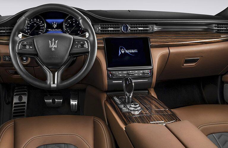 steering wheel and dashboard of the 2017 Maserati Quattroporte