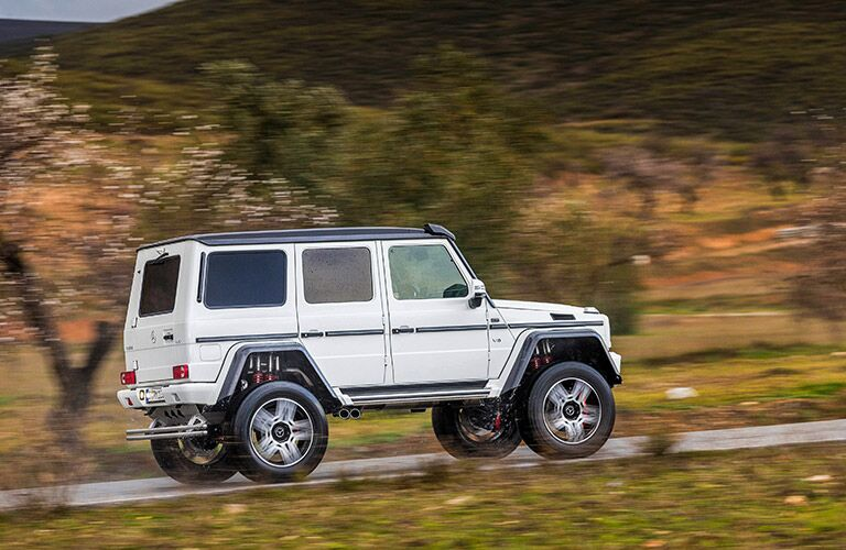 white Mercedes-Benz G550 side view