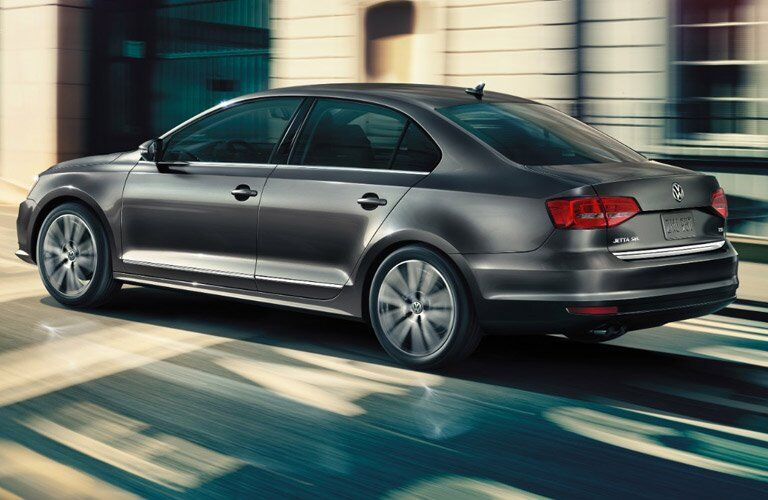 side view of a grey 2017 Volkswagen Jetta