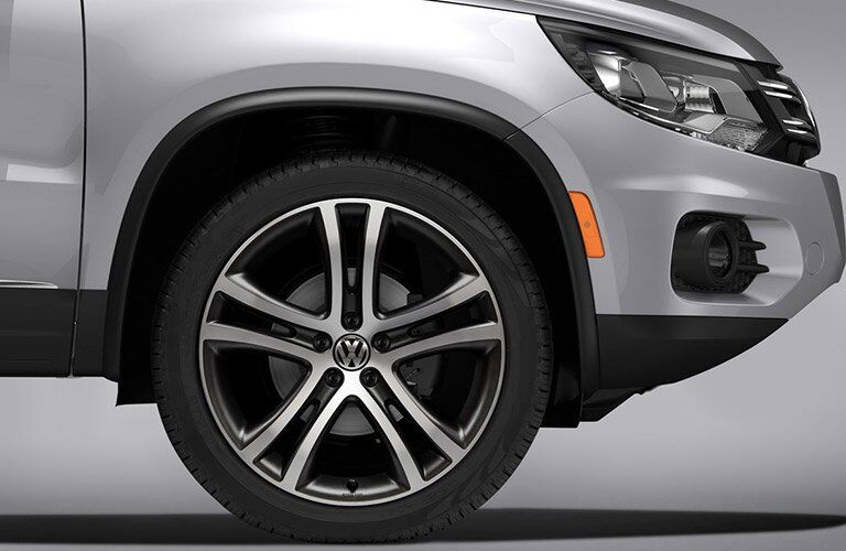close-up of the wheel of the 2017 Volkswagen Tiguan