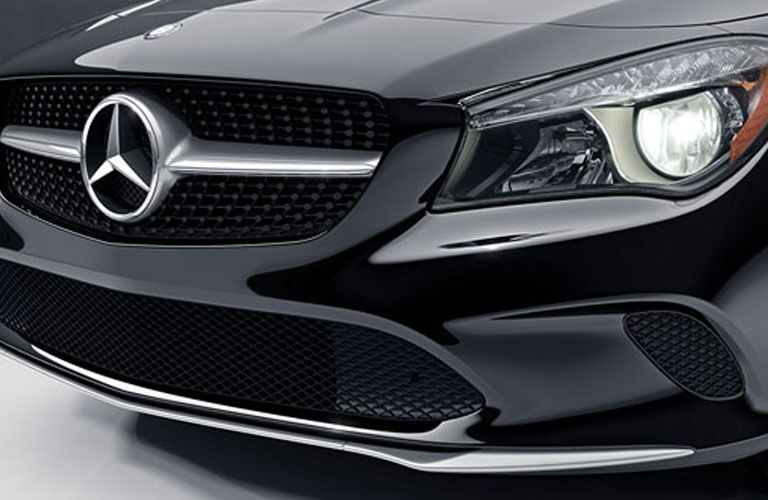 Front grille and headlights of Mercedes-Benz CLA 250