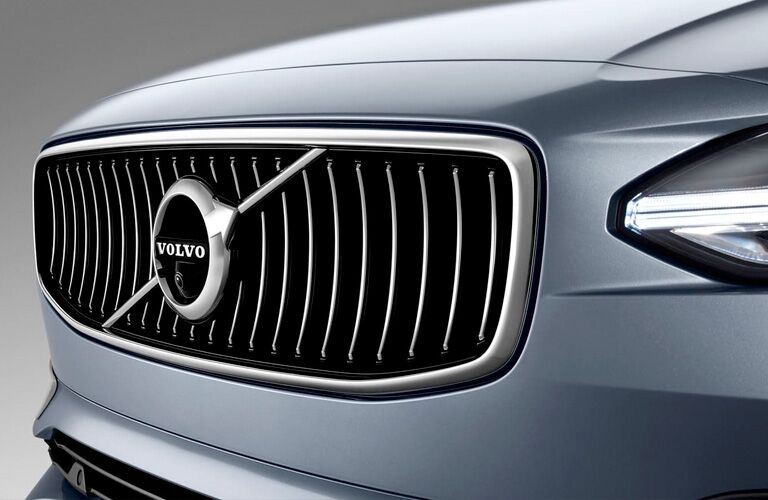 2018 Volvo S90 exterior close up of partial front fascia