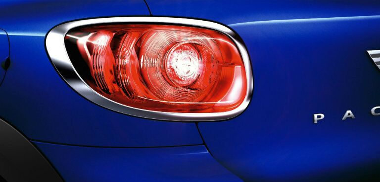 shot of the back taillight of the blue MINI Cooper Paceman