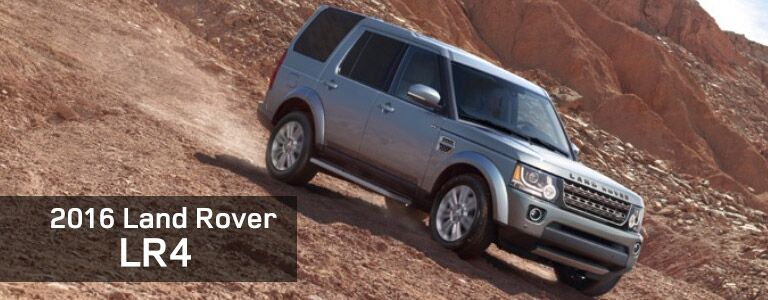 2016 Land Rover LR4 off-roading