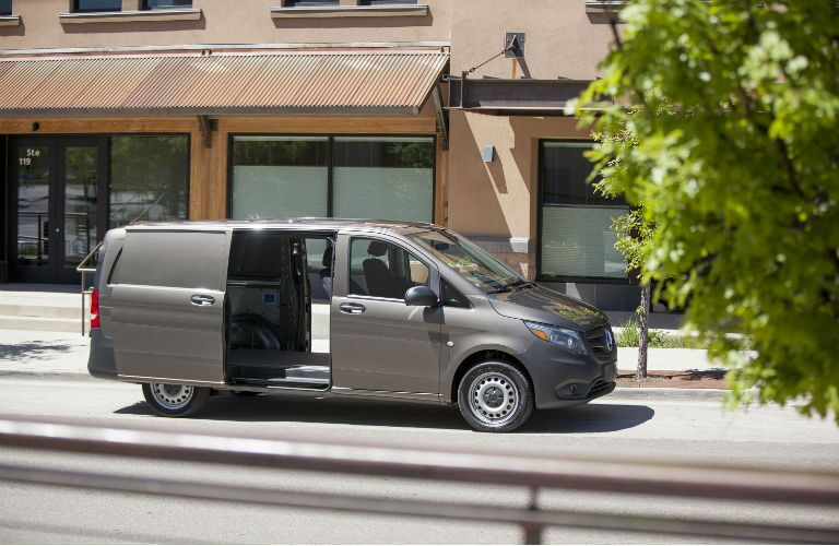 2016 Mercedes-Benz Metris Cargo Van color options